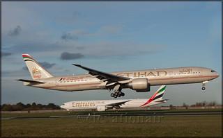 A6-ETB Boeing 777-3FXER Etihad Airways