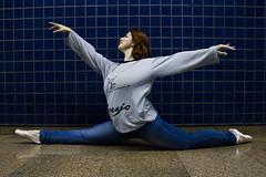 Bailarina Magali Costa (Everton_scs) Tags: street urban ballet woman classic canon ensaio book dance ballerina saopaulo rua fotografia dana bailarina balletphotography