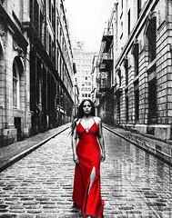 Hors du temps (Geoff  RT Ficiel ) Tags: street red bw canada lady walking fantastic dress quebec pavement montreal dream illusion sincity