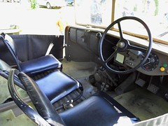 LATIL M7 T1 (Siges avant et tableau de bord) (xavnco2) Tags: tractor france army 4x4 military 1940 seats vehicle dashboard iledefrance steeringwheel 1939 militaire tracteur levers trattore seineetmarne laplace volant vhicule chelles tableaudebord latil siges jardinerie ppinires leviers expomobile m7t1