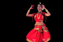 India - Rajasthan - Pushkar - Odissi Classical Temple Dance - 16d (asienman) Tags: india rajasthan pushkar odissiclassicaltempledance asienmanphotography asienmanphotoart