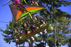 Hang Glide Ride (swong95765) Tags: thrill ride girls fly hangglider carnival kids fun excitement