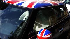 Mini (Jusotil_1943) Tags: 21102016 granjack retrovisor car bandera volante bluecars
