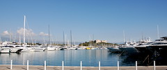 Port Vauban with Fort Carr in the background, Antibes, France. (Roly-sisaphus) Tags: southoffrance cotedazure frenchriviera mediterranean antibes nikond802016dsc1090