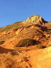 Walking around shipwreck hike Palos Verdes Estates, California. #Palosverdes #California #hiking #trails #rocks #hill #dirt #outdoors #shipwreckhike (Jordon Papanier) Tags: palosverdes california hiking trails rocks hill dirt outdoors shipwreckhike