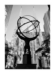 I LOVE NEW YORK LXVII (2 Marvelous 4 Words) Tags: nyc ny newyorkcity newyork bw blackwhite shadows light architecture arquitectura rockefellercentre atlasstatue statue stpatrick´scathedral cathedral