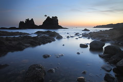Planet Earth (memories of time) Tags: japan shizuoka izu sunset twilight sea rock sky minamiizu