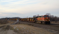 BNSF 4501 @ Detroit Lakes (Matt Hagfors) Tags: bnsf h2 c449w dash944cw mow burlingtonnorthernsantafe ge generalelectric