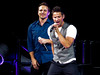 Jeff Timmons & Drew Lachey (amyshaped) Tags: dallas drew 98 americanairlinescenter degrees lachey canonsx50 thepackagetour