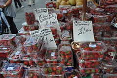 DSC_3117 1 Fresh Strawberrys at Ridley Road Market Dalston London (photographer695) Tags: dalston london strawberries fresh strawberrys ridley road market 1 little cheaper than supermarkets who all charge 2