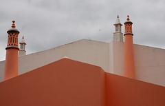 pairs (offroadsound) Tags: portugal rosa pairs algarve chimneys paare kamine xemeneies sãobrásdealportel