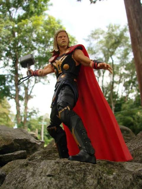 Marvel Select – 雷神索爾2:黑暗世界 索爾大戰珍·佛斯特 Thor & Jane Foster