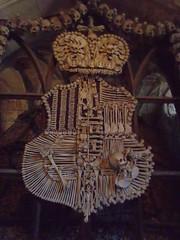 Coat of arms made of human bones (Nomad China) Tags: europe czech ossuary kutnahora unescoworldheritage sedlec moravia humanbone