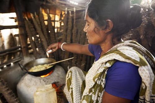 Cooking lunch, Khulna, Bangladesh. Photo by Felix Clay/Duckrabbit.