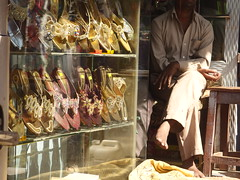 Hyderabad Haiderabad India Andhra Pradesh Asia Asien Indien (hn.) Tags: copyright india shop shoe shoes asia asien heiconeumeyer market sandals ap bazaar hyderabad markt andhra schuhe indien sandal andra bazar basar southindia schuh pradesh charminar southasia sandalen sandale copyrighted andhrapradesh laad andrapradesh chappal charminararea chappals ladbazar laadbazar sdindien laadbazaar ladbazaar haiderabad tp201314