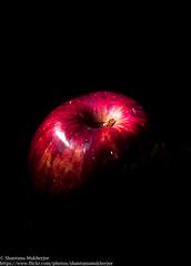 IMG_2045 (shantanu.16) Tags: light stilllife color apple fruits lights still key flash low flashphotography lowkey offcamera