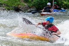 Kayak Tamron SP 70-300 (mlerutan) Tags: sport nikon kayak sp tamron metz 70300
