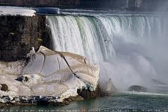 Niagara Waterfalls (T   J ) Tags: toronto canada niagara fujifilm xt1 teeje fujinon55200mmf3548