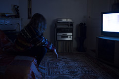J278/365 - Procrastination (clementine.gras) Tags: 365 faceless autoportrait selfportrait procrastination blue tlvision light