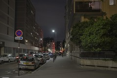 . (Le Cercle Rouge) Tags: paris france montparnasse night street darkness 75014 human shadow silhouette nocturneindien tabucchi