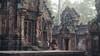 En trance (EveryPlaceAPage) Tags: srei banteay angkor wat temple budhist tempel cambodia kambodscha mauerwerk door djungel djungle texture