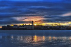 Suomenlinna Flash (BigWhitePelican) Tags: helsinki finland suomenlinna blue orange sea clouds sky canoneos70d adobelightroom6 niktools 2016 october