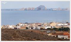 Pequeos Trenes Murcianos (III) (lagunadani) Tags: paisaje marmenor lamangadelmarmenor islagrosa feve renfe 2900 losnietos mar mediterraneo islote farallon