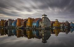 Reflection (rahe.johannes) Tags: groningen reflektion spiegelung niederlange architektur farben kontraste stadtansichten langzeitbelichtung graufilter
