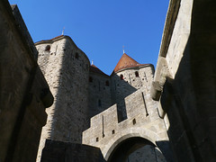 Carcassonne (Niall Corbet) Tags: france occitanie languedoc roussillon aude carcassonne cite city castle chateau light shadow fort fortress medieval cathar unesco worldheritagesite tower