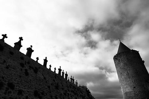 """Carcassonne. Languedoc, France *** More pictures from France #happynewtrip_france *** Каркассон во Франции. В этих краях родилась фраза: """"Убивайте всех, Господь распознает своих!"""" *** Каркассон находится в так называемом краю катаров. Катары - это многочи"""