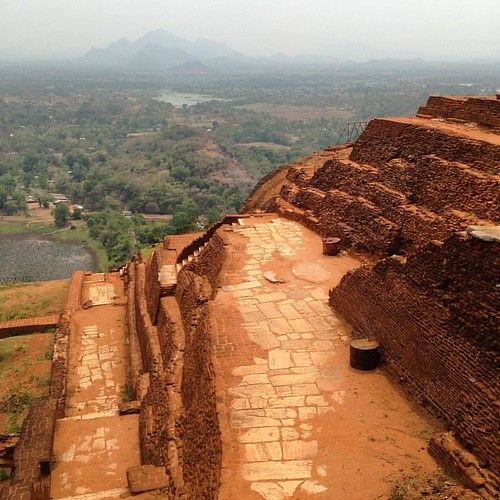 View from the top of #Sigiriya #ancient #ruins #Dambulla #srilanka @thehopperisland