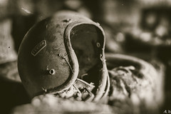 #vintage #helmet (arnozpictures) Tags: vintage helmet belgium urbex