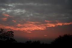eguzki gorria (eitb.eus) Tags: eitbcom 27117 g1 tiemponaturaleza tiempon2016 amanecer alava laguardia miguelangellopezdelacalle
