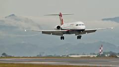 Fokker 100 (Bernal Saborio G. (berkuspic)) Tags: fokker f100 airpanama airplane vortex turbulence airport mroc sjo