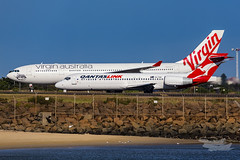 VH-YQS QF B712 34L YSSY-5613 (A u s s i e P o m m) Tags: mascot newsouthwales australia au qantas qf boeing b717 virginaustralia velocity va airbus a332 sydneyairport syd yssy