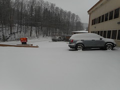 Snowy Morning at Econolodge Montpelier 5 (SierraSunrise) Tags: snow newengland usa vermont montpelier vt