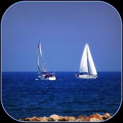 Voiliers (bleumarie (absente dure indtermine)) Tags: 2 mer bleu ciel deux bateau vague roussillon voile rocher voilier carr mditerrane saintemarie catalogne pyrnesorientales littoral embarcation suddelafrance formatcarr stationbalnaire bleumarie mariebousquet photomariebousquet