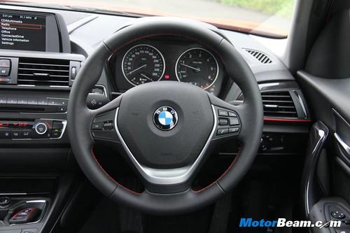 2013-BMW-1-Series-11