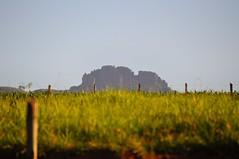 """""""Pedra Grande"""" em Igarapé (guimadaleno) Tags: brazil mountain rock brasil grande minas gerais peak pico pedra montanha igarapé rochosa"""