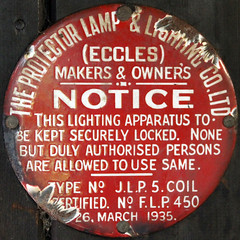 THE PROJECTOR LAMP & LIGHTING COMPANY NOTICE (Leo Reynolds) Tags: canon eos iso3200 f45 7d squaredcircle 65mm hpexif 0011sec xleol30x sqset100 xxx2013xxx