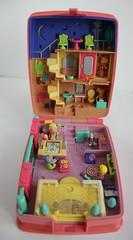 Polly Pocket Star Bright Dinner Party 1994 (ArrianeAvenge) Tags: party dinner star bright polly bluebird 1994 pocket mattel