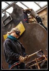 Street artist (Maestr!0_0!) Tags: street color girl work artist working bordeaux rue couleur soudure chalumeau