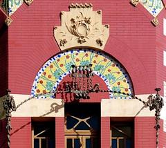 Sabadell - Indstria 59 e (Arnim Schulz) Tags: barcelona espaa art window architecture liberty ventana spain arquitectura arte fenster kunst catalonia finestra artnouveau gaud architektur catalunya espagne fentre modernismo catalua spanien modernisme jugendstil espanya katalonien stilefloreale belleepoque baukunst