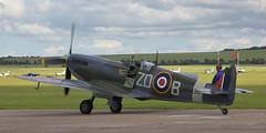 Spitfire 21 20120701 (Steve TB) Tags: iwm duxford flyinglegends 2012 canon eos5dmarkii supermarine spitfire mkix mh434