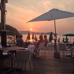Spettacolo il tramonto su #portoferraio dalla spiaggia di #bagnaia nello scatto di @tialupin. Continuate a taggare le vostre foto con #isoladelbaapp il tag delle vostre vacanze all'#isoladelba. http://ift.tt/1NHxzN3 (isoladelbaapp) Tags: isoladelba elba visitelba portoferraio porto azzurro capoliveri marciana marina di campo rio
