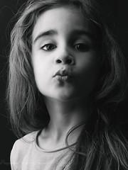 un bisou en passant ! (mag.pictures) Tags: portrait fille enfant fillette noiretblanc girl littlegirl blackandwhite bisou kiss