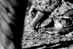 Endedados (DANG3Rphotos) Tags: dedos details blackandwhite blanco y negro noir sanlucar andalucia nikon d7100 nikonista dang3rphotos dang3r creative look vision style creativo imagen photo 2015 shot camera inspiration ver like this photos foto fotografia love art artist life light lights