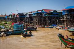 Habitations  sur pilotis dans le village flottant de Kompong Phluk sur le lac Tonl Sap (Aurlie Jouanigot) Tags: lac tonlsap floatingvillage northouest cambodge villageflottant lake kompongphluk cambodia tonlsap
