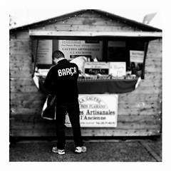 barça (japanese forms) Tags: ©japaneseforms2016 ボケ味 日本フォーム bw barça blackwhite blackandwhite blancoynegro candid gaufres mojito monochrome random schwarzweis square squareformat strasenfotografie straatfotografie streetphotography vlaanderen wafels waffeln waffles zwartwit