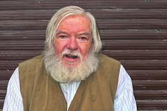 Santa Claus just before starting the new campaign (österreich_ungern) Tags: portrait old man 44 neukölln white hait beard wise rollladen jalousie berlin germany deutschland weihnachtsmann zivil